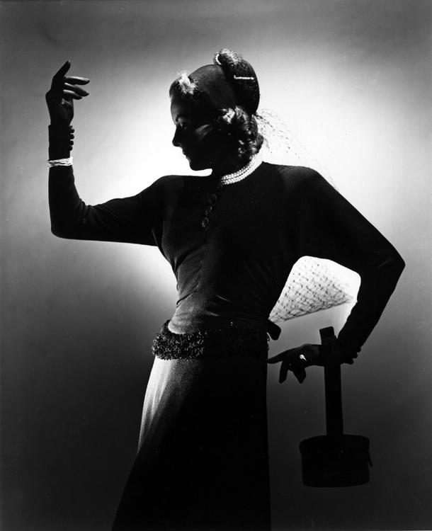 Fashion Flight – Pandora Hollister