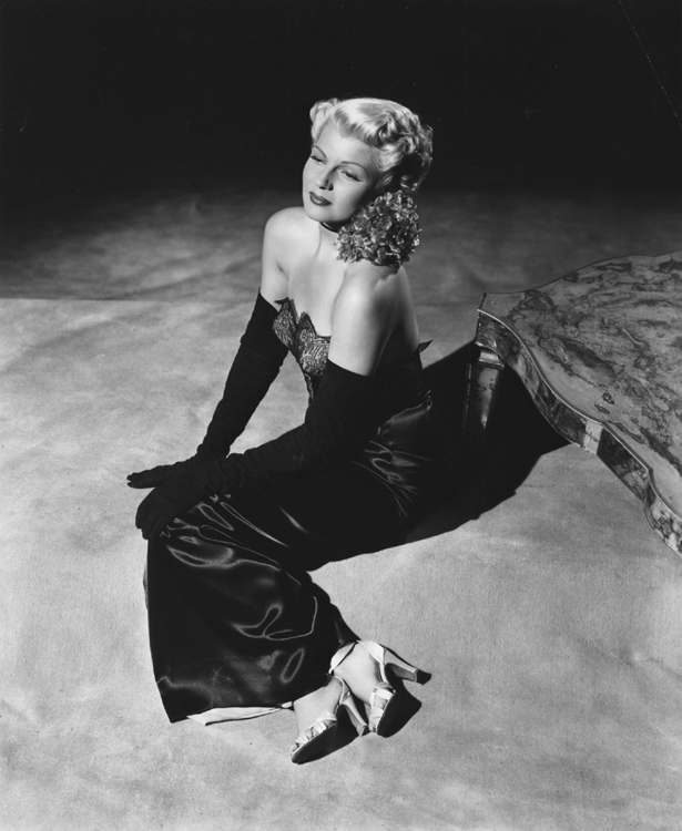 Rita Hayworth publicity shot for The Lady from Shanghai