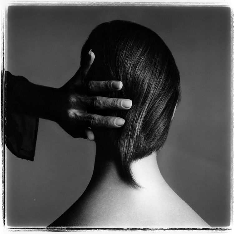 The hand of Ara Gallant by Richard Avedon
