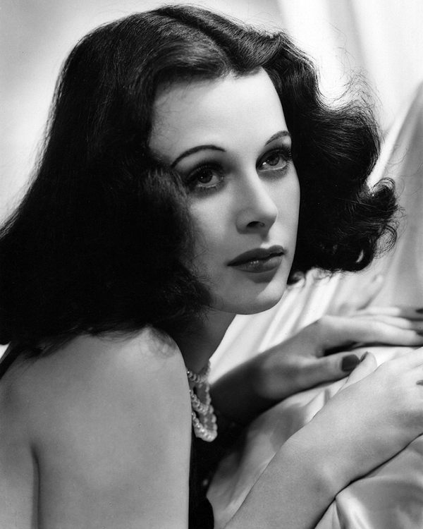 Hedy Lamarr ramps up the sensuality