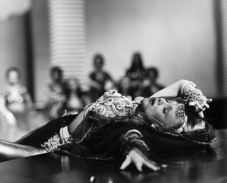 Marlene Dietrich as Jamila performs a sensuous dance in Kismet