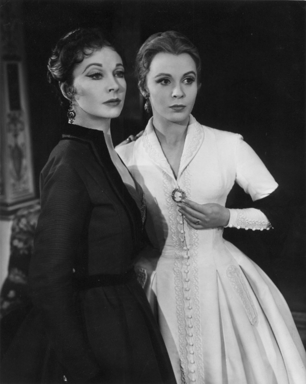 Claire Bloom with Vivien Leigh in a scene from Duel of Angels